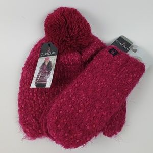 NWT Cuddle Duds Fuzzy Pink Knit Hat & Mittens